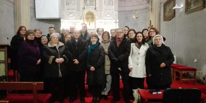 Slika 1. Članovi konferencije sv. Nikole b. i sv. Barbare u župnoj crkvi u Jastrebarskom